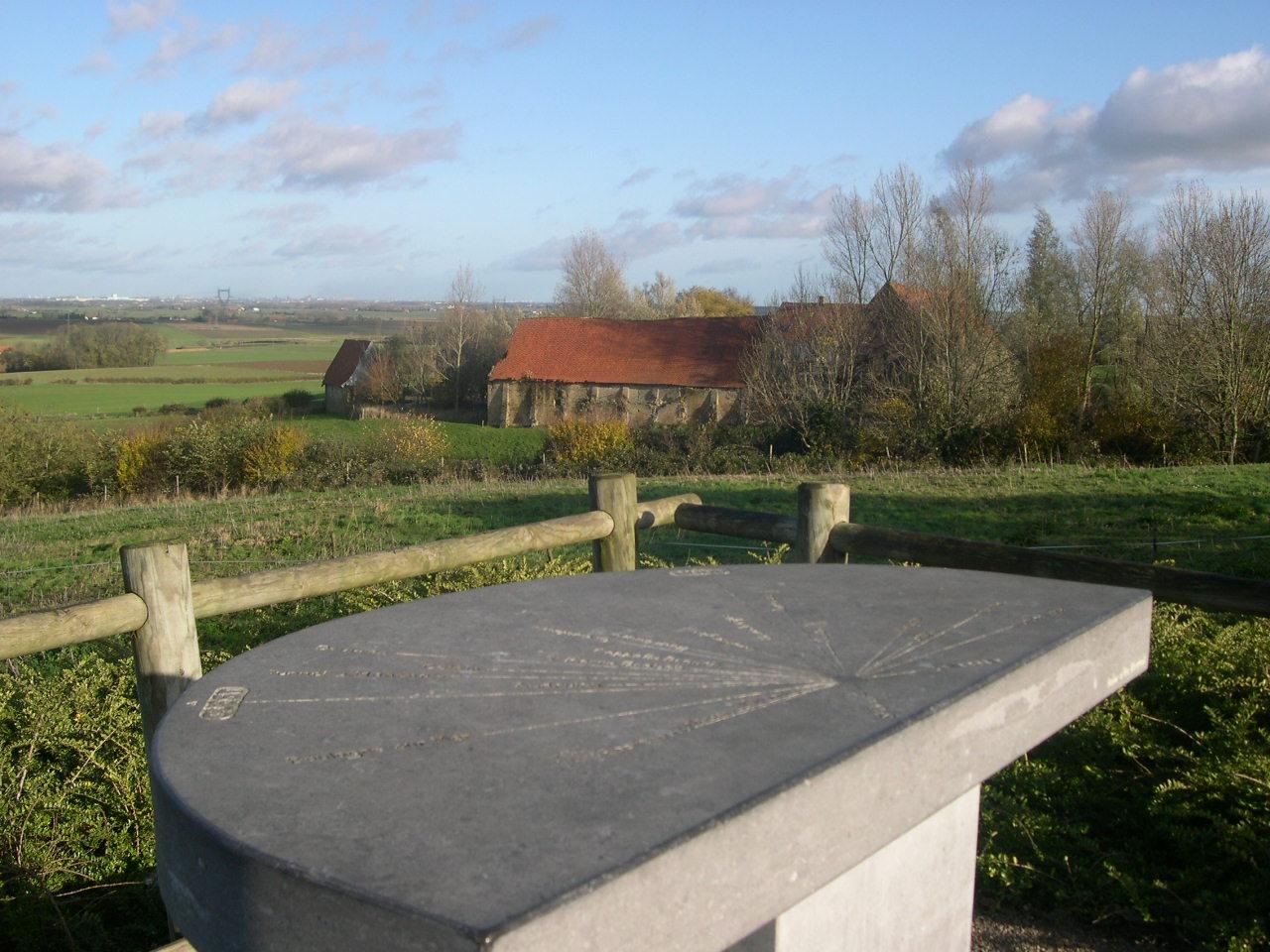 merckeghem-vue-de-la-table-abbaye