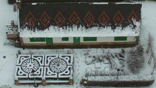 chaumiere-sous-la-neige-2019
