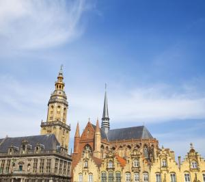grand-place-de-furnes